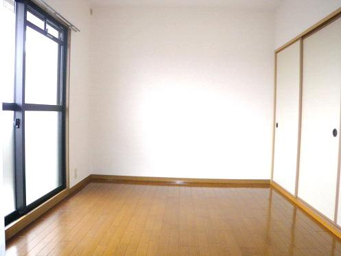 キャピタル長者原 / 302号室洋室