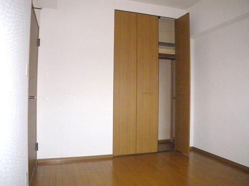 リバーサイド篠栗 / 301号室洋室
