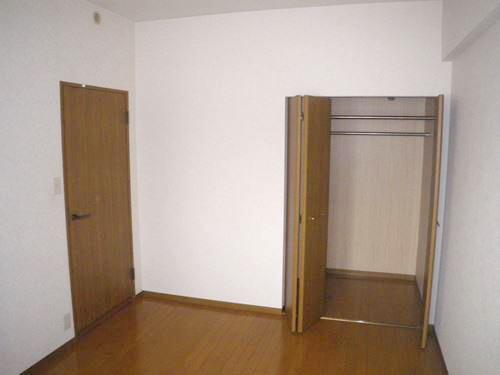 リバーサイド篠栗 / 302号室洋室