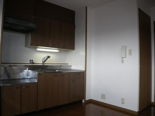 グランコート / 401号室キッチン