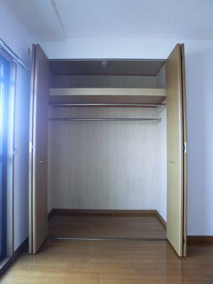 グランコート / 402号室収納