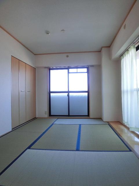 カーサ宮の前 / 105号室和室