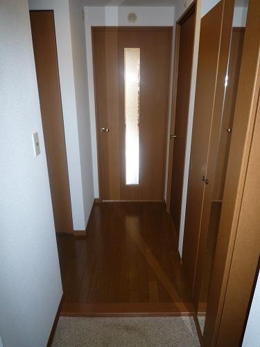 メゾン・ド・ソレイユ / 302号室玄関
