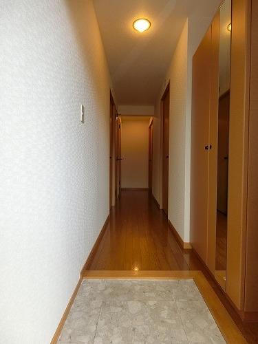 ファミーユ博多の森 / 203号室玄関