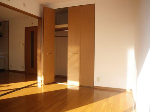 ベルデュール宮の杜 / 102号室