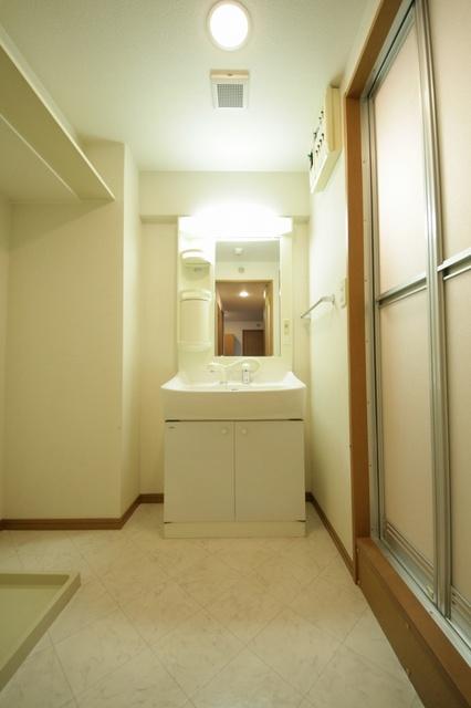 ジュノーパレス / 603号室洗面所