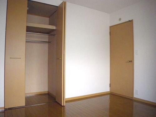 シングレート・ヒルズ / 101号室収納