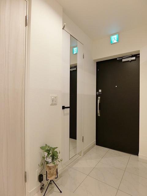 ネオグレイス吉塚 / 1301号室玄関