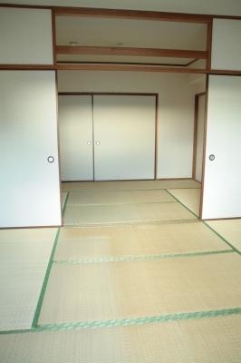 サン・ビィーム吉塚 / 401号室その他