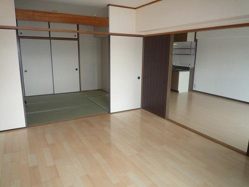 エスポワール空港通り / 203号室その他部屋・スペース