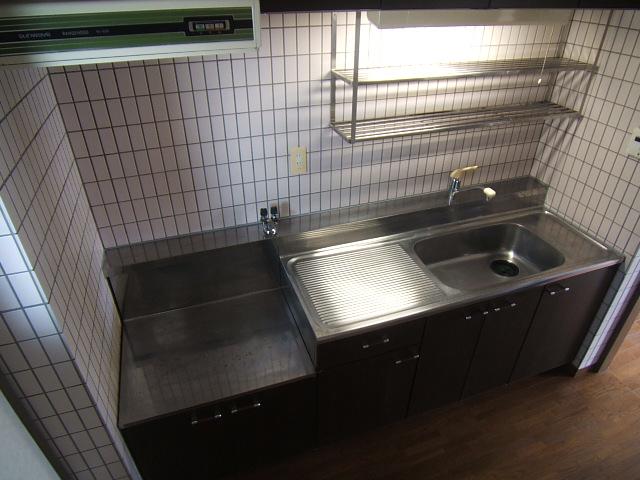 ハイ・コート(ペット可) / 702号室キッチン