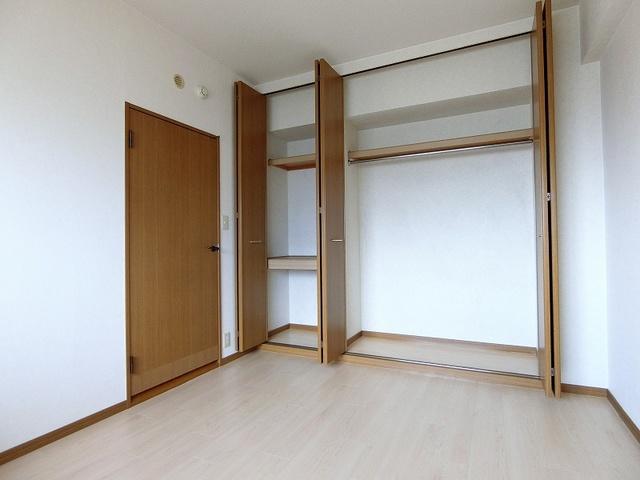 グランベルデ丸善 / 702号室洋室