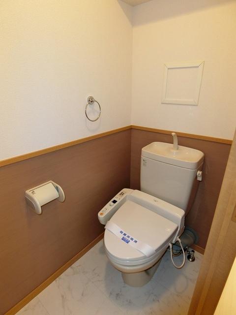 スターマイン / 302号室トイレ