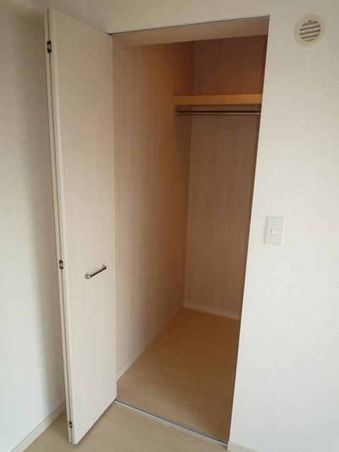 メゾンスペース / 101号室収納