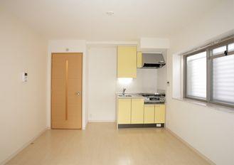 メゾンスペース / 301号室キッチン