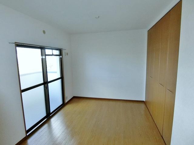 コムフォート・シティ / 403号室洋室