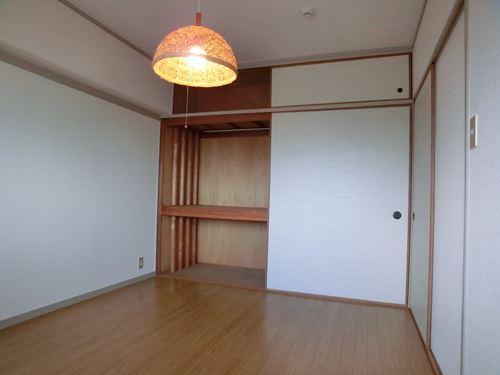 シティハイツ篠栗 / 401号室洋室