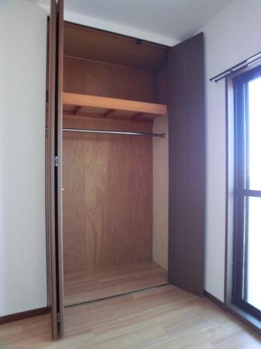 レジデンス・ウィステリア24 / 106号室収納