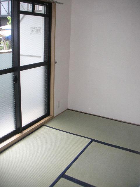 プレミール須恵 / 203号室和室
