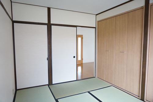 サンハイム / 301号室収納