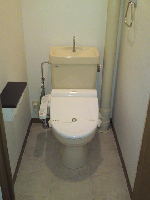 リヴェール伊賀 / 205号室トイレ