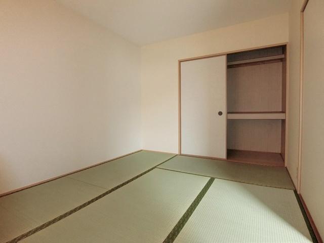 メロディハイツ戸原 / A-205号室和室