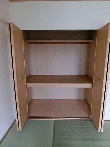 カーサ宮の前 / 402号室玄関