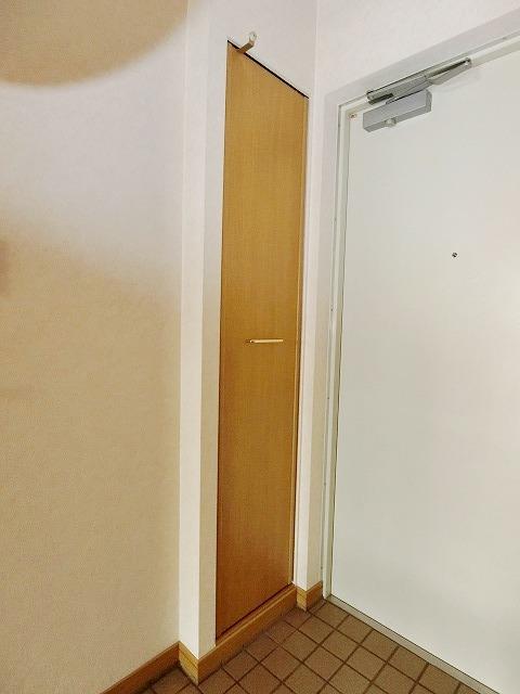 プレデュパルク壱番館 / 501号室玄関