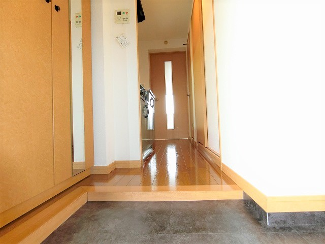 クリア吉塚 / 101号室玄関