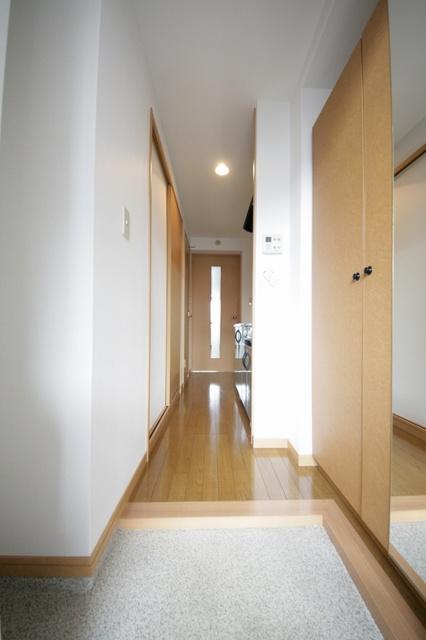 クリア吉塚 / 401号室玄関