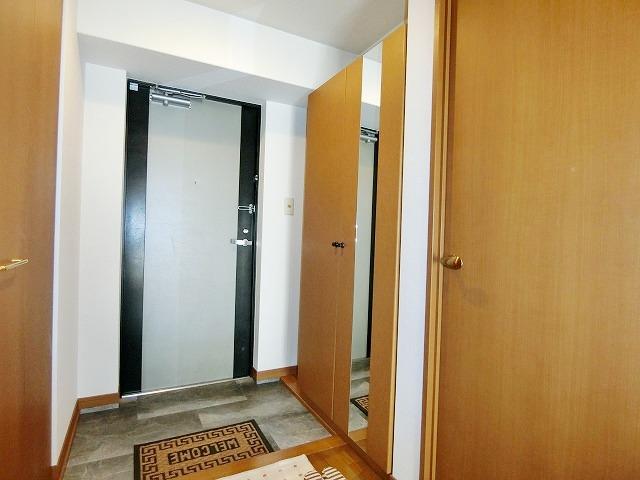 メゾン・ド・ソレイユ / 603号室玄関