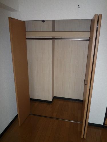 スクレーパー東 / 401号室トイレ