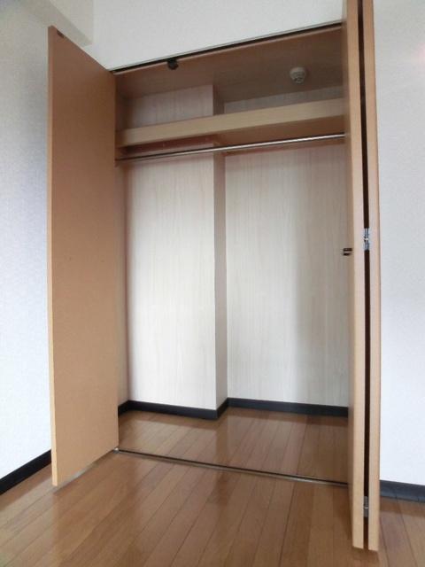スクレーパー東 / 502号室収納