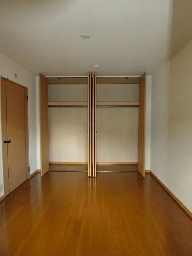 ファミーユ博多の森 / 203号室収納