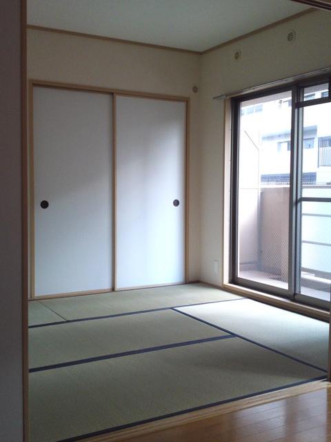 ネオパレス長者原Ⅱ / 105号室和室