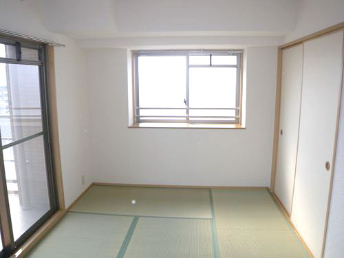 ボヌール・ヴィー篠栗 / 703号室和室