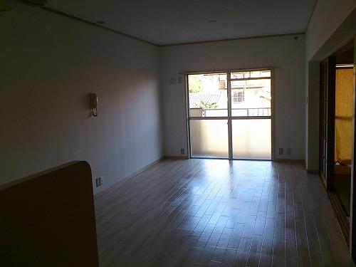 筑紫ビル / 105号室リビング