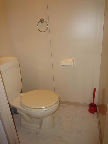 筑紫ビル / 401号室トイレ