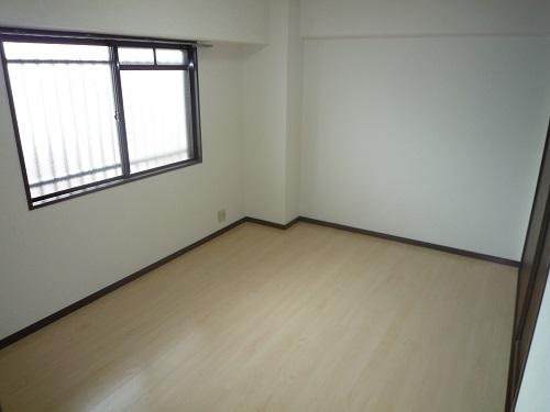 エスポワール空港通り / 405号室洋室