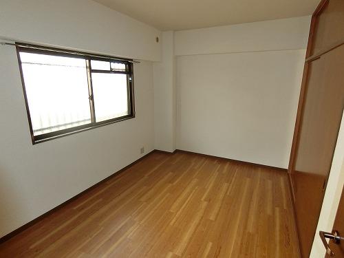 エクセレント田口 / 402号室洋室