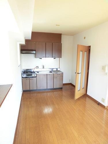 グランベルデ丸善 / 401号室キッチン