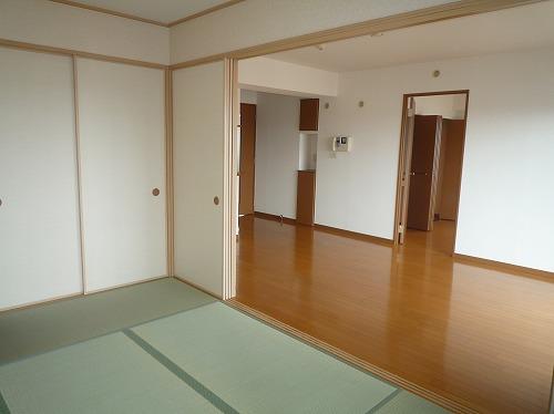 リバーランド箱崎Ⅴ / 601号室和室