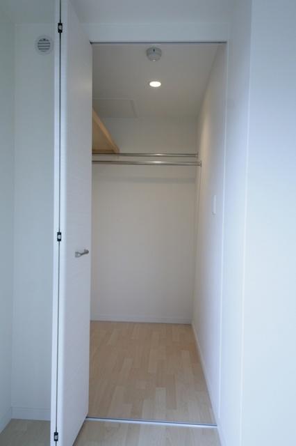 テゾーロカーザ / 202号室収納