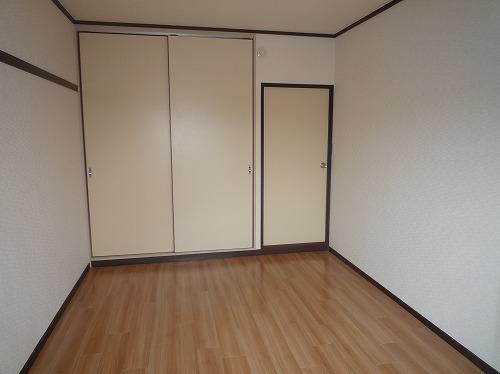 レジデンス牛房 / 103号室収納