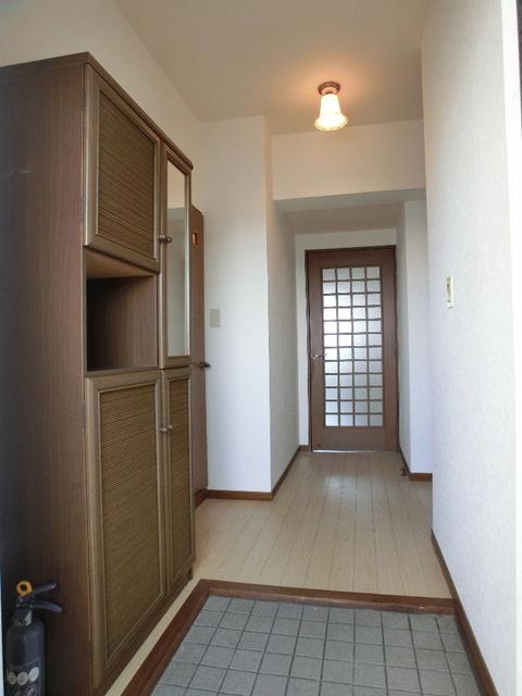 タウンコート志免 / 502号室玄関