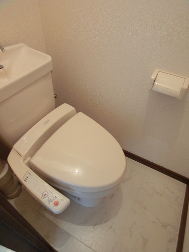 エクセルE・F / 106号室トイレ