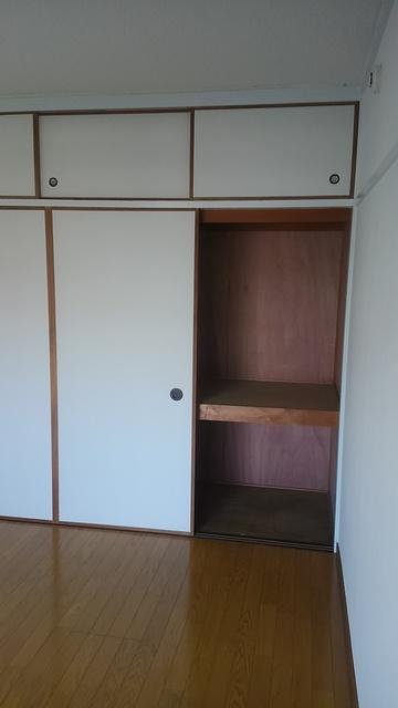 工藤ビル / 101号室収納