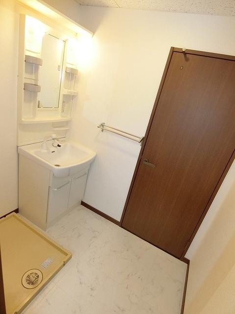 リバーサイド貝田 / 301号室洗面所