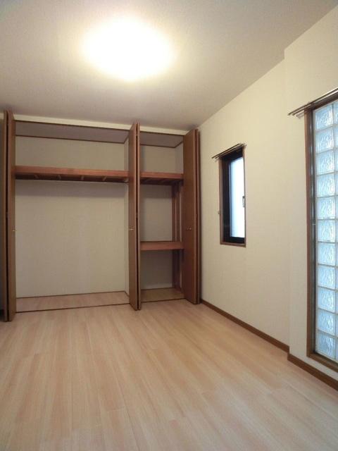 リバーサイド志免 / 401号室収納