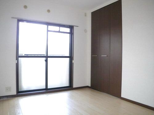レジデンス・ウィステリア24 / 406号室